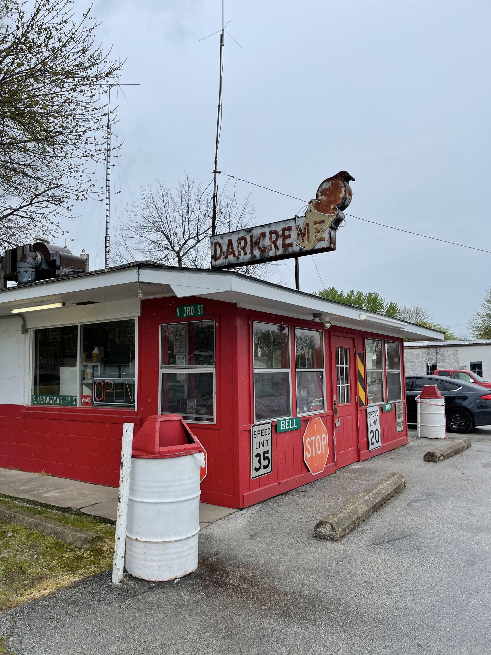 Jasper, mo. Pop. 900. Great burgers, 2 cones $1.65